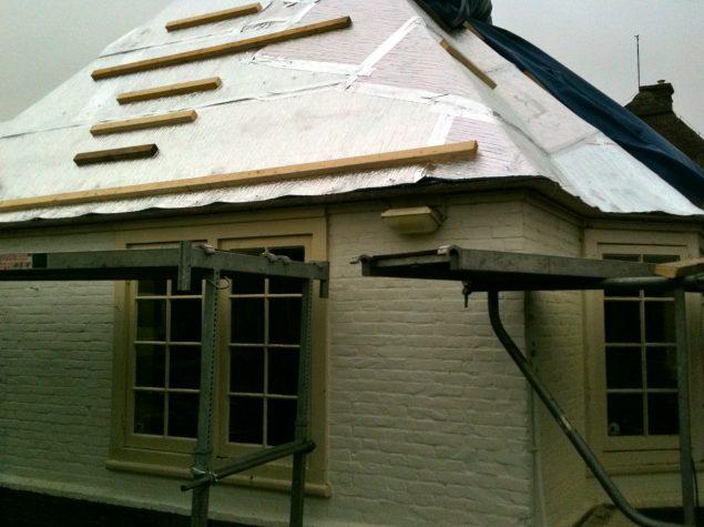 Isolation d 39 un toit de chaume aluthermo for Isolation d un toit