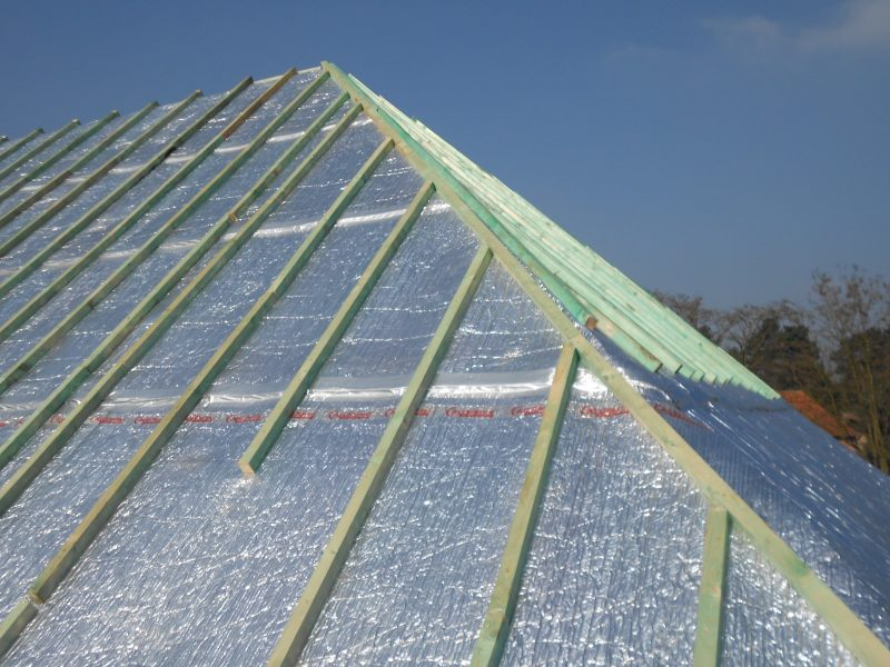 Aluthermo Quattro comme sous toiture, isolation et pare vapeur (31)