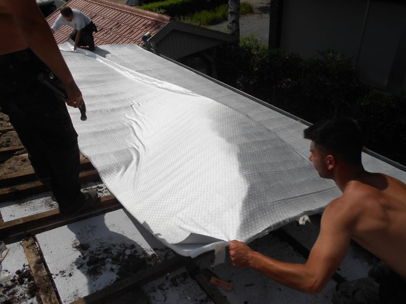 Aluthermo Roofreflex renforce l'isolation, améliore le PEB et augmente le confort en été (5)