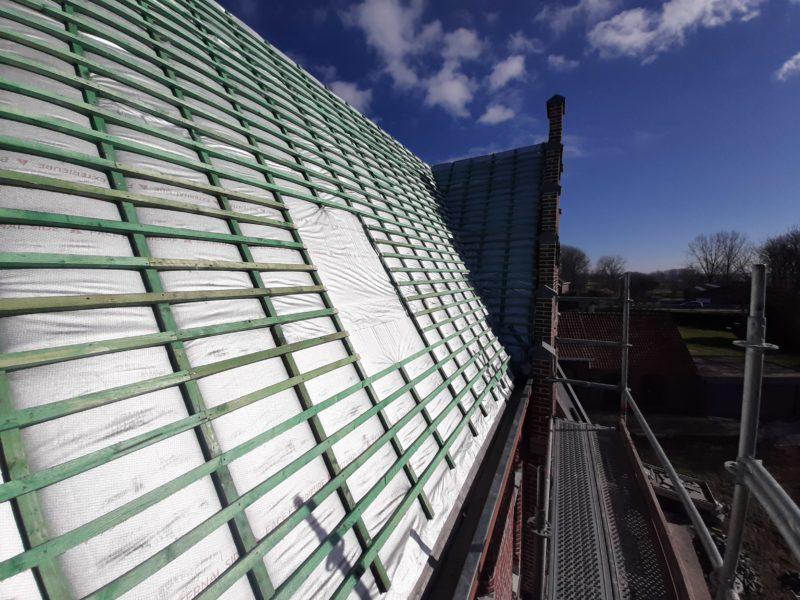 Isolation mince en aluminium pour la toiture