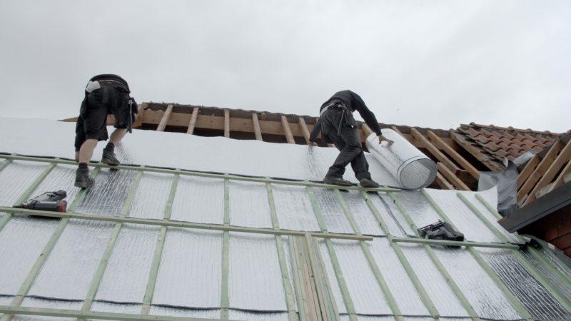Isolant multicouche en alu pour la toiture