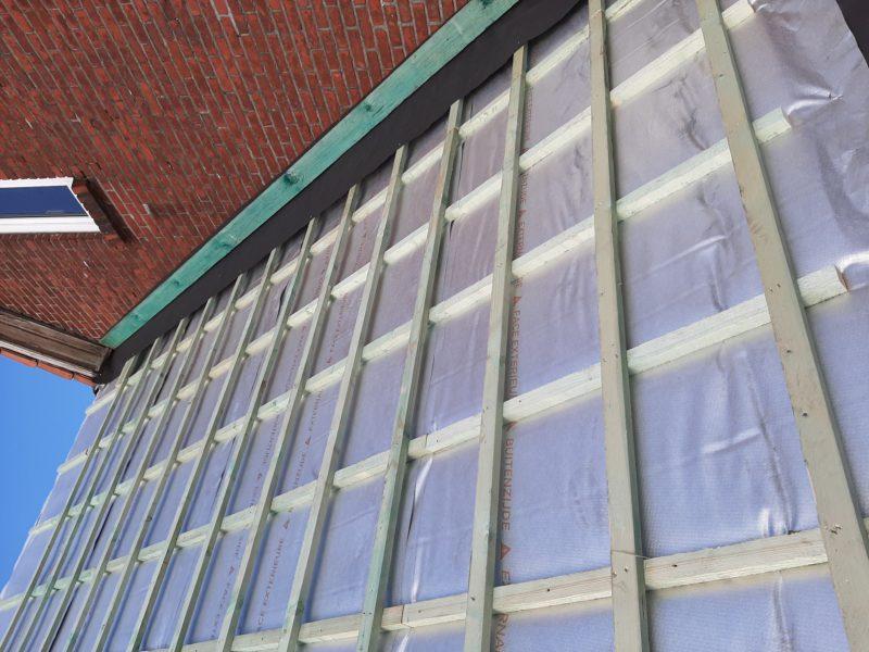 isolation d'une toiture avec un isolant thermo-réflecteur Aluthermo