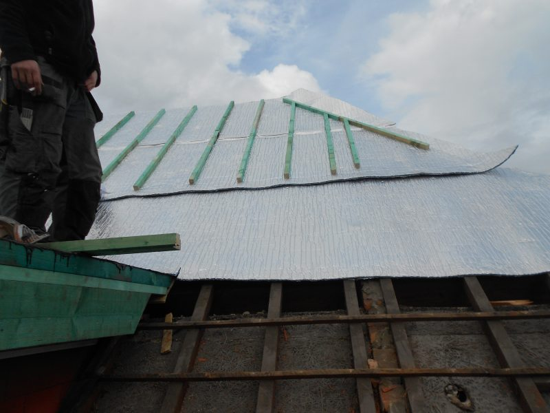Aluthermo Quattro comme sous toiture, isolation et pare vapeur (3)