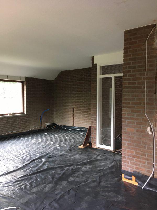 rénovation d'une maison : isolation mince pour le sol