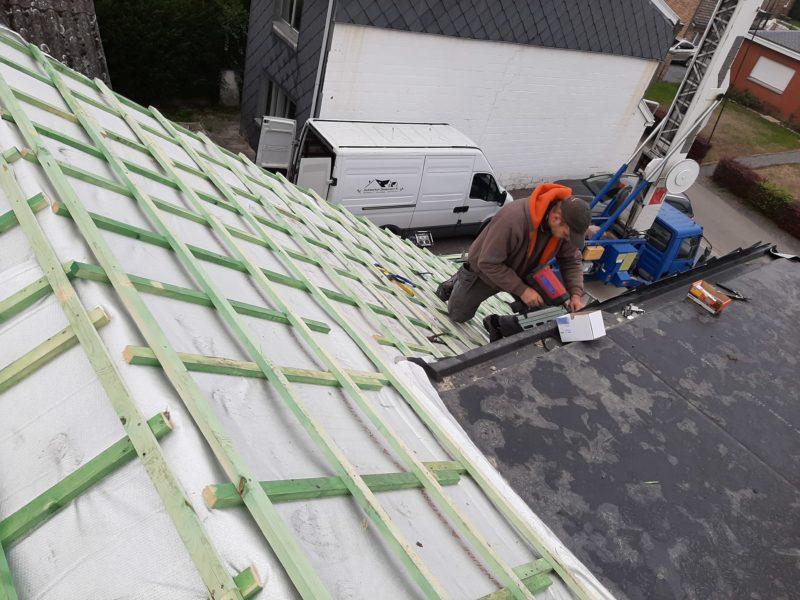 mise en place d'une sous-toiture isolante
