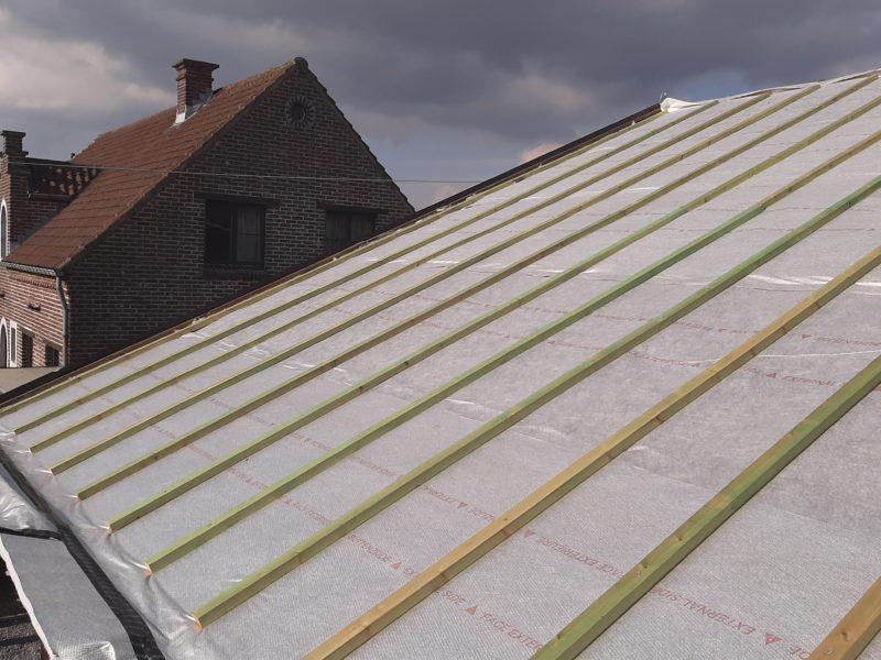 Isolant mince pour la toiture avec Aluthermo