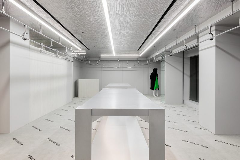 balenciaga-madison-new-york-store-aluthermo-insulation-ceiling-design (1)