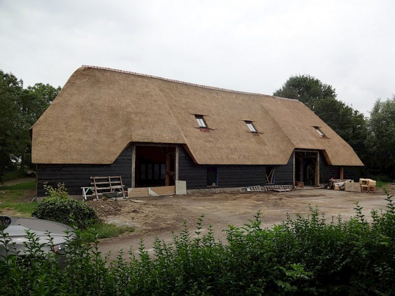 quattro-aluthermo-insulation-thatched-roof (2)